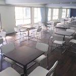 六本木 レンタルスタジオ の折り畳みができるテーブル 6脚