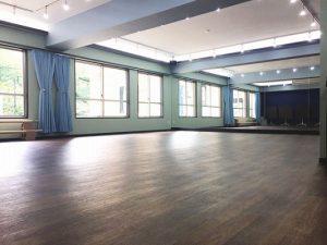 六本木 十五夜 レンタルスタジオ は明るくて広い レンタルスタジオ です。