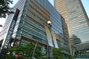 東京ミッドタウン,六本木駅
