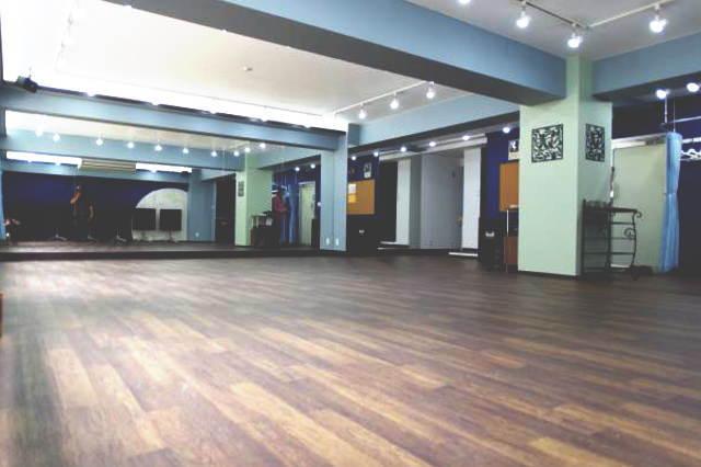 バレエ レッスン キッズ レッスンバー 六本木 麻布十番 ヨガ 貸スタジオ ピラティス レンタルスタジオ