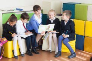 六本木 や 麻布十番 で行う 英語教室で ストーリーブック を読もう。